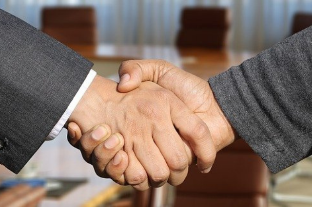 Pożyczki prywatne – czym są i jak ich udzielać?